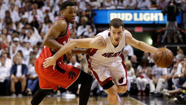 NBA-Play-off: Miami gleicht gegen Toronto aus (Bild: ASSOCIATED PRESS)