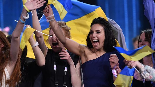 Jamala jubelt über ihren Sieg für die Ukraine. (Bild: AP)
