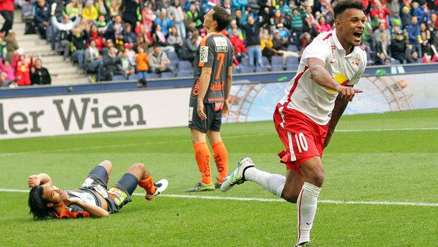Meister Salzburg siegt 1:0 - aber Fan-Boykott! (Bild: APA/KRUGFOTO)