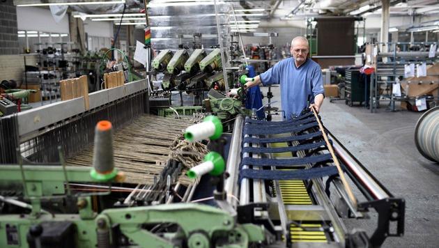 Vier Millionen Jobs in Großbritannien in Gefahr (Bild: APA/AFP/OLI SCARFF)
