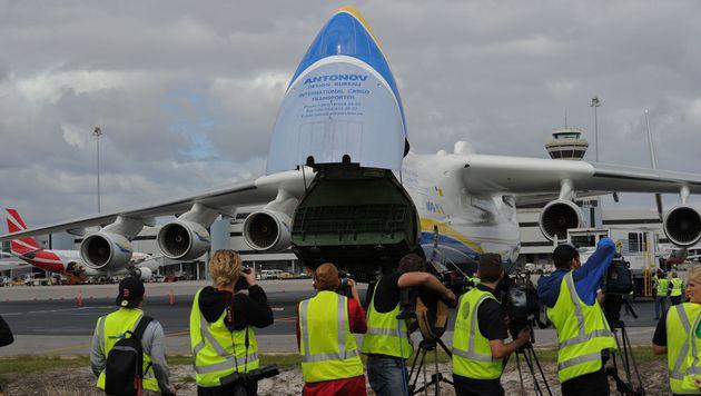 Größtes Flugzeug erstmals in Australien gelandet (Bild: APA/AFP/GREG WOOD)