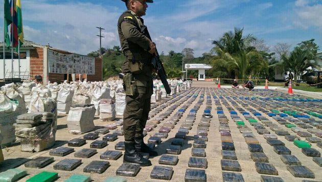 Acht Tonnen Kokain in Kolumbien sichergestellt (Bild: APA/AFP/COLOMBIAN POLICE HO)