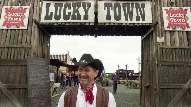 """""""Die Stunde der Sieger"""" und """"Land der Cowboys"""" (Bild: ORF)"""