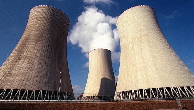 Temelin in Tschechien. Derzeit sind in 14 EU-Staaten insgesamt 131 Atomkraftwerke in Betrieb. (Bild: APA/Hans Klaus Techt)