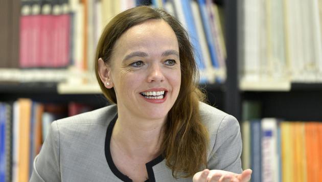 "Sonja Hammerschmid: ""Arbeiterkind"" als Ministerin (Bild: APA/Herbert Neubauer)"