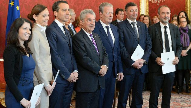 Personen im Hoch, Parteien am Tiefpunkt (Bild: APA/ROLAND SCHLAGER)