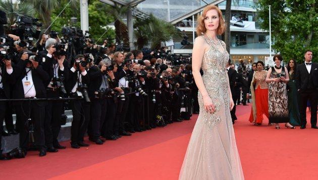 Jessica Chastain in Alexander McQueen (Bild: AFP)