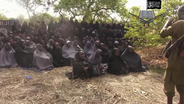 Die entf�hrten M�dchen aus Chibok (Bild: AP)
