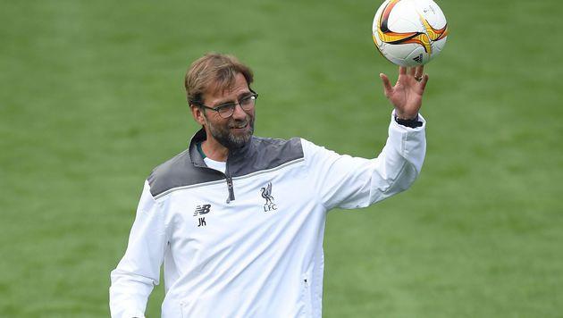 Kult-Coach Klopp lästert über die spanische Liga (Bild: APA/AFP/FABRICE COFFRINI)
