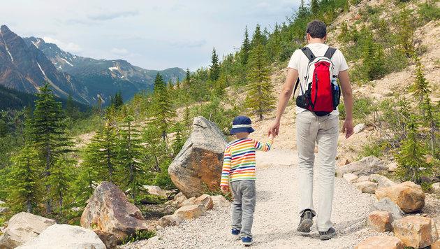 Wie die Wanderung mit Kindern richtig Spaß macht (Bild: thinkstockphotos.de)