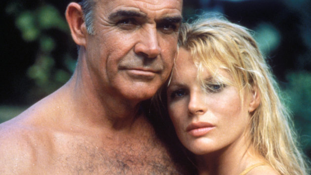 """Sag niemals nie"": Sean Connery und Kim Basinger 1983 (Bild: Hollywood Picture Press/face to)"
