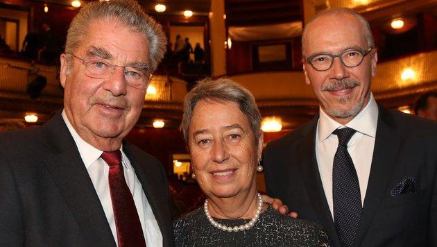 Heinz und Margit Fischer mit Siegfried Meryn (Bild: Karl Schöndorfer)