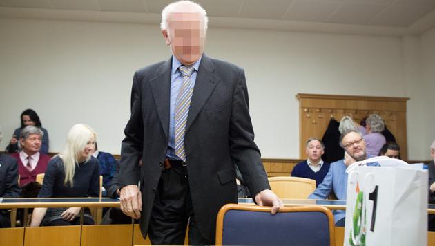 Der ukrainische Chemiker, der das angebliche Krebsmittel verkaufte. (Bild: APA/GEORG HOCHMUTH)