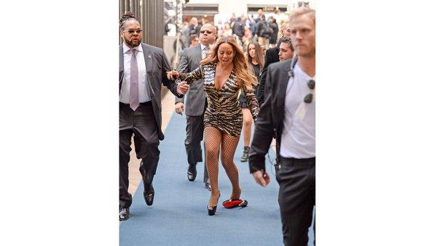 Mariah Carey kann sich gerade noch halten. (Bild: Bulls | © Elder Ordonez)