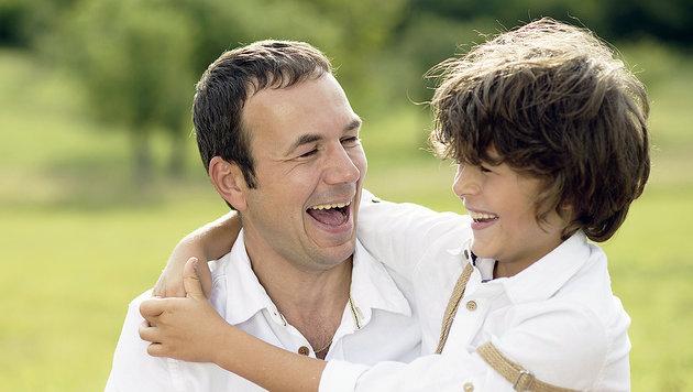 Am 12. Juni ist Vatertag! (Bild: thinkstockphotos.de)