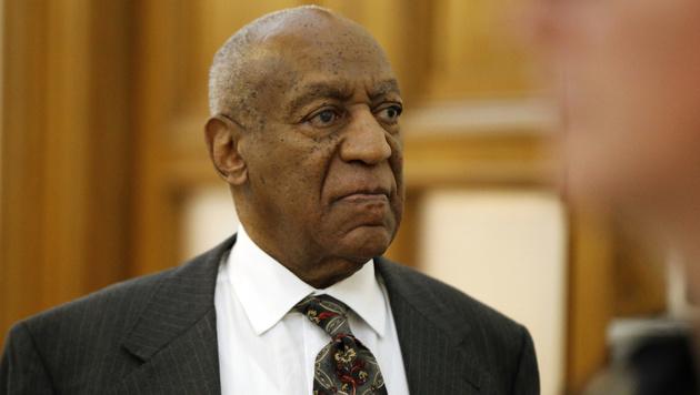Bill Cosby bei einem seiner Gerichtstermine (Bild: Associated Press)