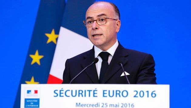 Frankreichs Innenminister Bernard Cazeneuve (Bild: APA/AFP/FRANCOIS GUILLOT)