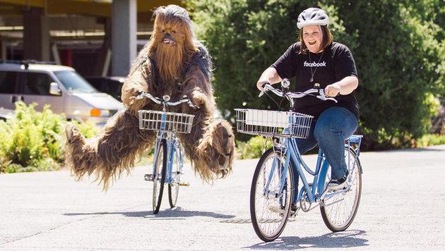 """Chewbacca""-Mutter wird mit Geschenken �berh�uft (Bild: facebook.com/zuck)"