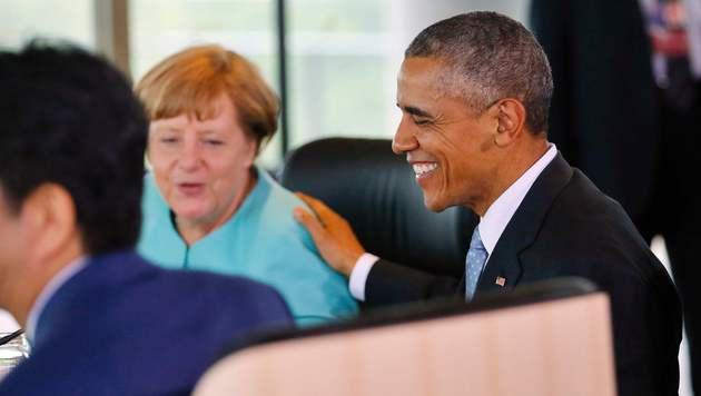 Merkel und Obama in Japan - beide wollen einen schnellen Abschluss der TTIP-Verhandlungen. (Bild: AP)