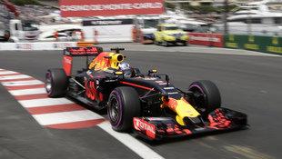 Australier Ricciardo im Red Bull Tagesschnellster! (Bild: The Associated Press)