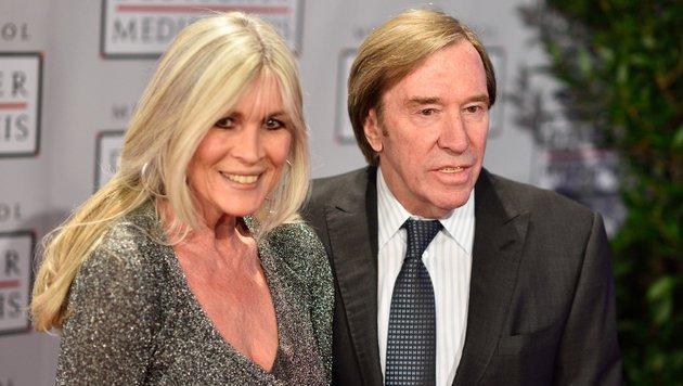 Günter Netzer mit Ehefrau Elvira (Bild: APA/dpa/Uwe Anspach)
