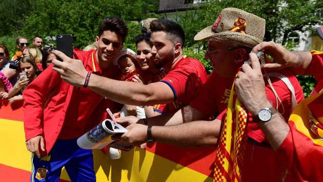 Spanien startete EM-Vorbereitung in Vorarlberg (Bild: APA/AFP/PIERRE-PHILIPPE MARCOU)