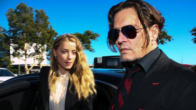 Das Paar bei der Ankunft am Los Angeles Superior Court am Freitag (Bild: Associated Press)
