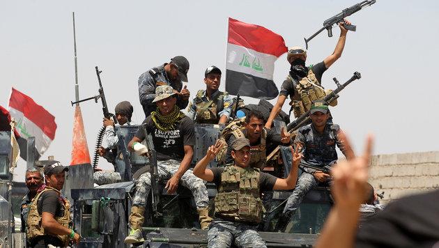 Irak: USA töten bei Luftangriffen 70 IS-Kämpfer (Bild: AFP/Ahmad Al-Rubaye)