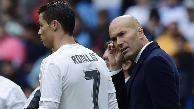 """Reals Zidane: """"Ich trainiere den besten Verein"""" (Bild: APA/AFP/JAVIER SORIANO)"""
