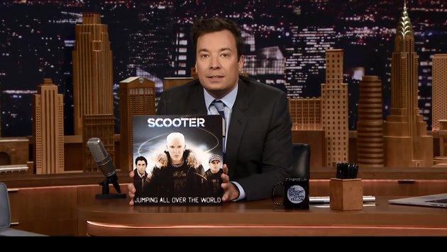 Jimmy Fallon veräppelte Scooter in seiner Sendung (Bild: NBC)