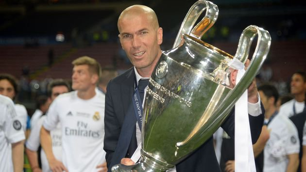 Zidane verwirrt mit Aussage über Zukunft bei Real! (Bild: APA/AFP/FILIPPO MONTEFORTE)