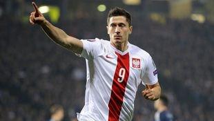 Bayern-Ass Lewandowski f�hrt Polens Aufgebot an (Bild: AFP)