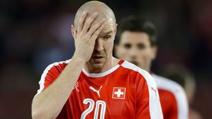 Schweiz f�hrt ohne Ex-Arsenal-Ass Senderos zur EM! (Bild: AFP)