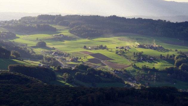 Die 2200-Einwohner-Gemeinde Oberwil-Lieli im Schweizer Kanton Aargau (Bild: Screenshot/Twitter.com)