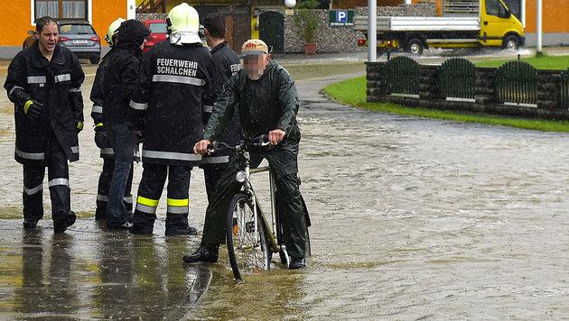 Die Lage am Mittwoch im oberösterreichischen Bezirk Braunau (Bild: APA/MANFRED FESL)