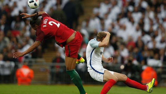 Darf DER Kung-Fu-Treter bei der EM gegen uns ran? (Bild: AFP)