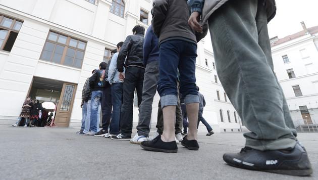 Asylkosten haben sich seit 2014 verdoppelt (Bild: APA/Hans Klaus Techt)