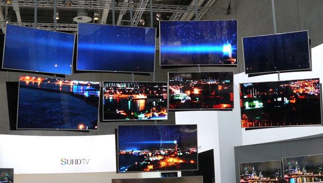 Quantum-Dot-TVs, wie sie unter anderem Samsung baut, sorgen für brillantere Farben. (Bild: Dominik Erlinger)