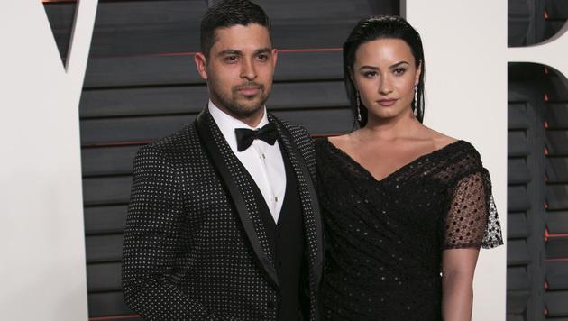 Liebes-Aus nach sechs Jahren: Wilmer Valderrama und Demi Lovato haben sich getrennt. (Bild: APA/AFP/ADRIAN SANCHEZ-GONZALEZ)