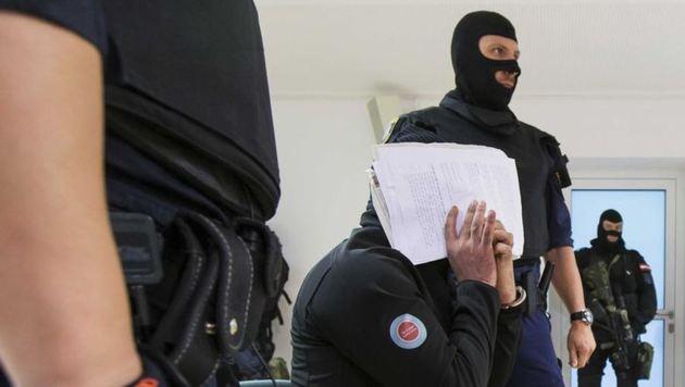 Schuldspruch gegen Hamad A. (28) im Dschihadisten-Prozess (Bild: Franz Neumayr/Leo)