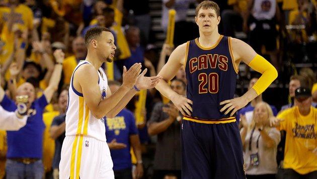 Golden State baut Führung im NBA-Finale aus (Bild: APA/AFP/GETTY IMAGES/EZRA SHAW)