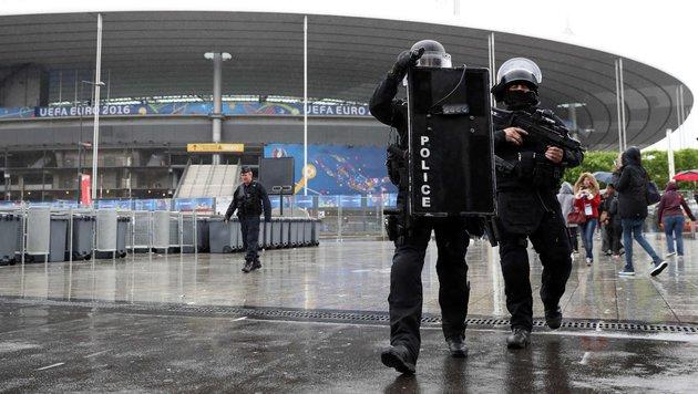 London warnt Briten vor Terrorgefahr bei der EM (Bild: APA/AFP/Kenzo Tribouillard)