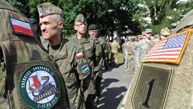NATO-Riesenmanöver in Polen empört Russland (Bild: AP)