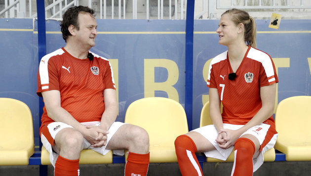 "Hanno Settele über den ""Wahnsinn Fußball"" (Bild: ORF)"