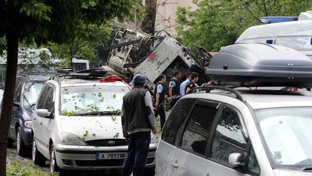 Türkei: Elf Tote bei Anschlag auf Polizeibus (Bild: AP)