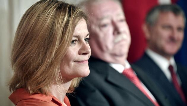 Sybille Straubinger mit Bürgermeister Michael Häupl (Bild: APA/Hans Klaus Techt)