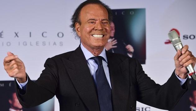 ... seinem Papa, Schnulzengott Julio Iglesias. (Bild: AFP)