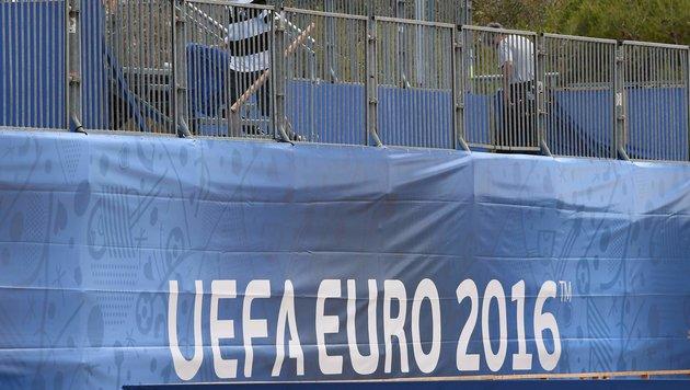 """EURO-Chef: """"Geisterspiele bei EM weiter möglich!"""" (Bild: APA/AFP/ANNE-CHRISTINE POUJOULAT)"""