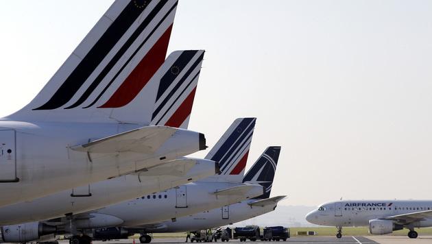 Zum EURO-Start: Frankreich in der Krise (Bild: AP)