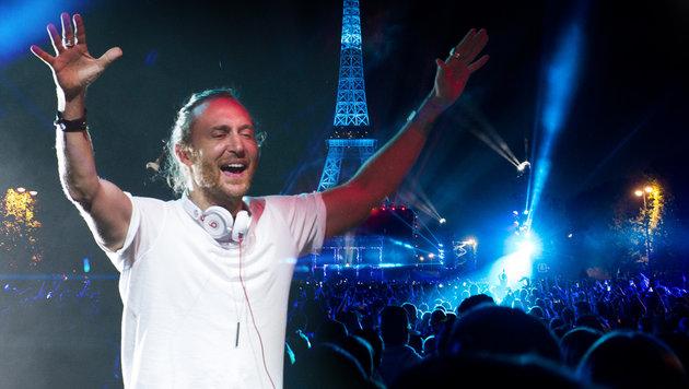 83.000 Fußballfans vor Eiffelturm: Die Top-Bilder (Bild: AFP, AP)